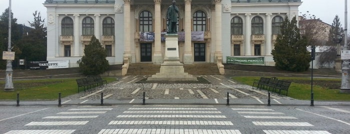 "Teatrul Național ""Vasile Alecsandri"" is one of Iaşi."