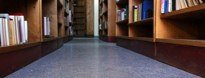 Merkezi Kütüphane is one of Tempat yang Disukai Halil İbrahim.