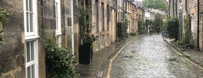 Circus Lane is one of Edinburgh To Do Before Graduating List.