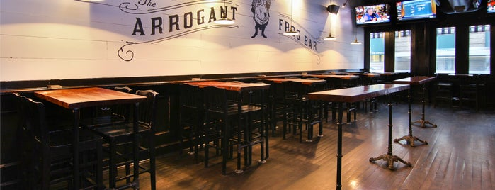 The Arrogant Frog Bar is one of Tempat yang Disimpan Gabby.