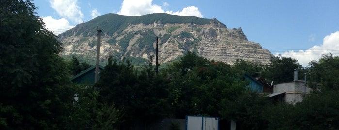 гора Магнитная is one of KMV.