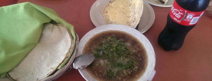 "Caldos y Tacos de Cabeza de Res ""La Unica de Culiacan"" is one of Gaston 님이 좋아한 장소."