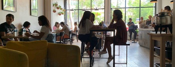 Café Comunión is one of Posti che sono piaciuti a Alexandra.