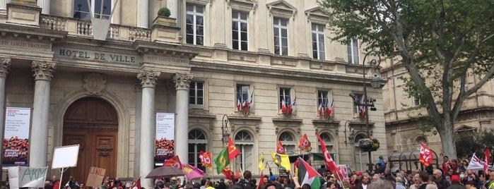 Place de l'Horloge is one of SUR DE FRANCIA.