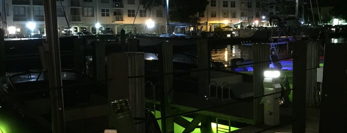 Boatyard is one of Davidさんのお気に入りスポット.