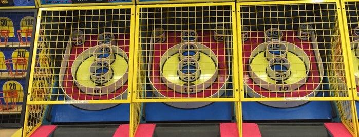 Half Moon Penny Arcade is one of Pinball Destinations.