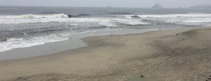 Playa Los Pulpos is one of สถานที่ที่ Jamhil ถูกใจ.