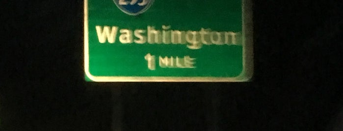 Interstate 95 Exit 48: Wagner Rd is one of Locais curtidos por Robin.