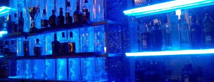 Liquid Music Bar is one of Syros.