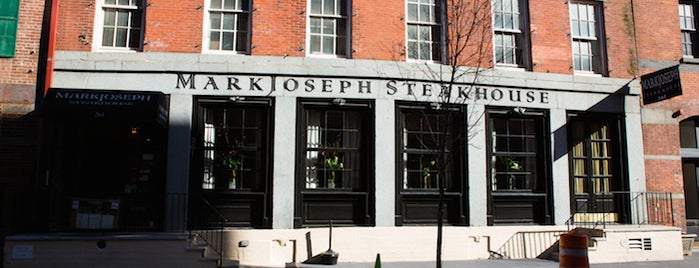 MarkJoseph Steakhouse is one of The Financial District List by Urban Compass.