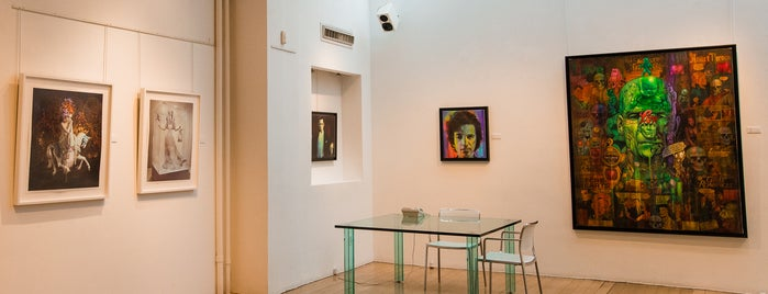 Allouche Gallery is one of The Soho List by Urban Compass.