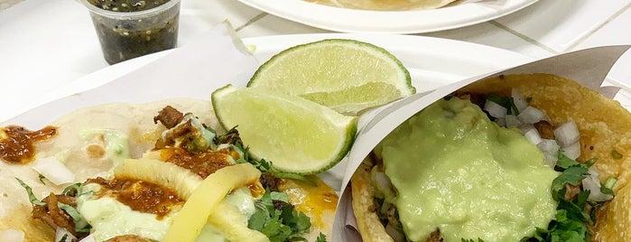Los Tacos No. 1 is one of Lugares guardados de Whit.