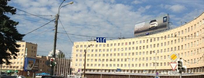 Красногвардейская площадь is one of новый.