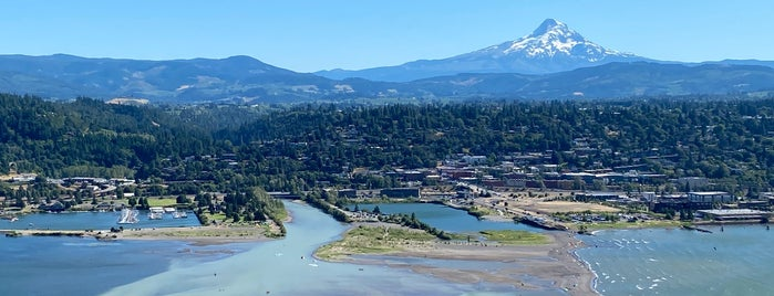 Hood River is one of Oregon.