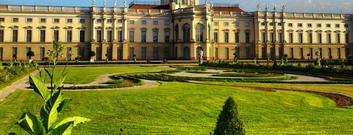 Schloss Charlottenburg is one of Schlösser in Brandenburg.
