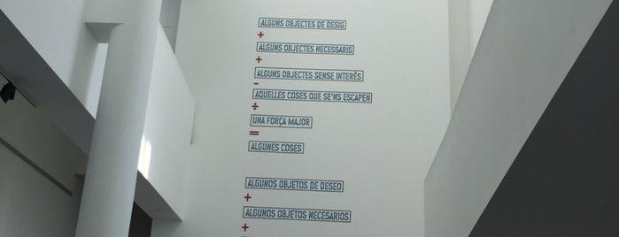 Museu d'Art Contemporani de Barcelona (MACBA) is one of Lieux qui ont plu à Sebastian.