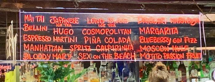 Cafè Noir is one of Venice.