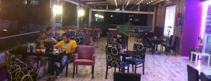 Gusta Lounge is one of istanbul.