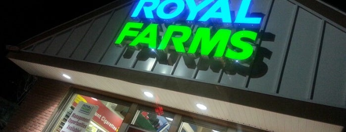 Royal Farms is one of Lieux qui ont plu à Gina.