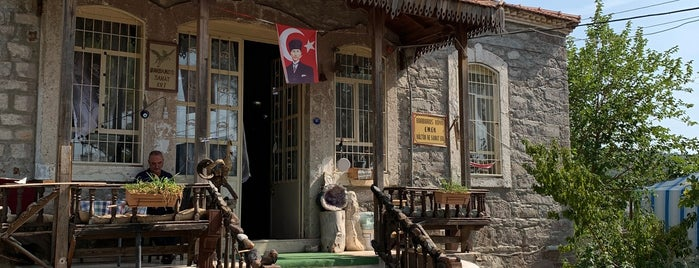 Barbaros Koyu Emek Kultur ve Sanat Evi is one of İzmir Best <3.