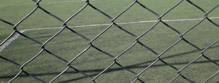 Alibeyköy Parseller Stadı is one of İstanbul Stadyum ve Futbol Sahaları.
