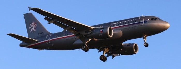 Letiště Praha–Kbely (LKKB) is one of Planespotting v Praze.