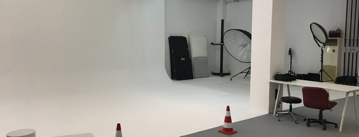 Santral Photography & Rental Studio is one of Posti che sono piaciuti a Dsignoria.