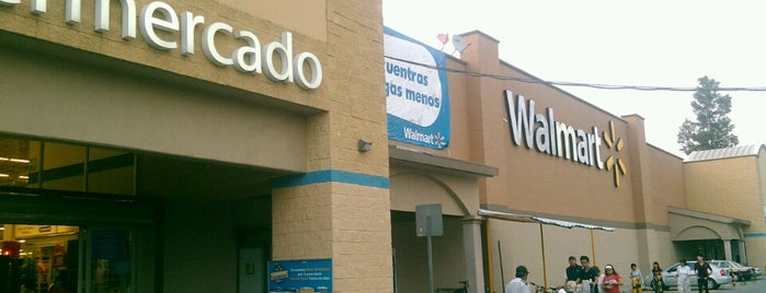 Walmart is one of Lugares favoritos de Maria.