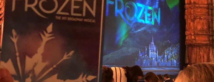 Frozen is one of Lieux qui ont plu à Cynthia.