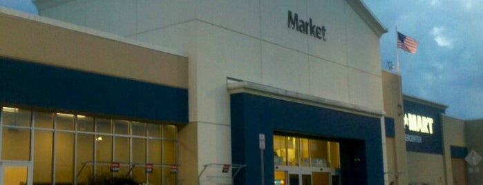 Walmart Supercenter is one of Eddie's Liked Places.