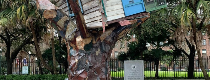 Hurricane Katrina Sculpture is one of NOLA.