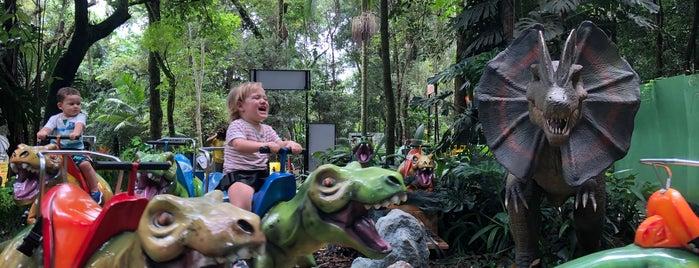 O Mundo dos Dinossauros is one of Diversão Crianças.