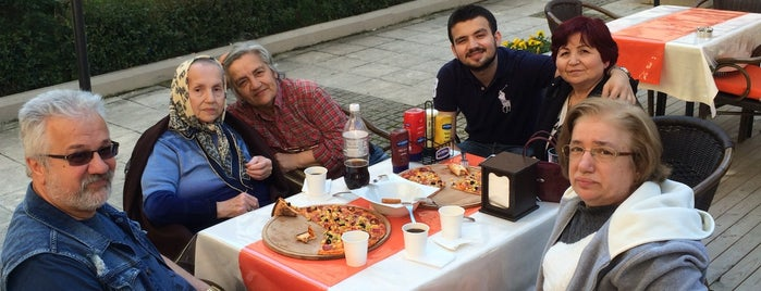 Pizza BROS is one of İstanbul.