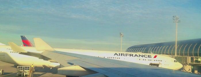 Flughafen Paris Charles de Gaulle (CDG) is one of Paris.