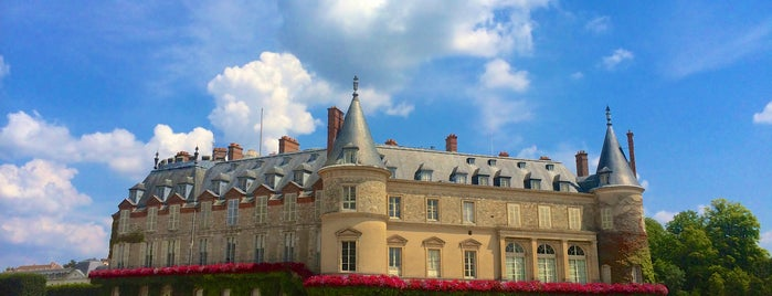 Château de Rambouillet is one of Châteaux de France.