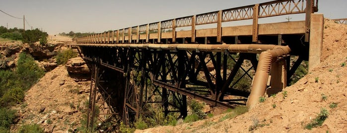 Querino Canyon Bridge is one of Historic Route 66.