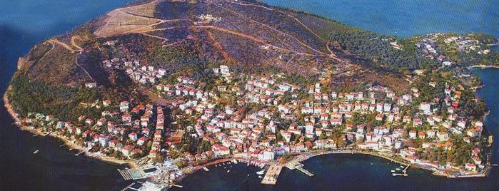 Burgazada is one of İstanbul'un Gezilmesi Görülmesi Gereken Yerleri.