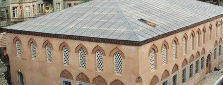 Ahrida Sinagogu is one of İstanbul'un Gezilmesi Görülmesi Gereken Yerleri.