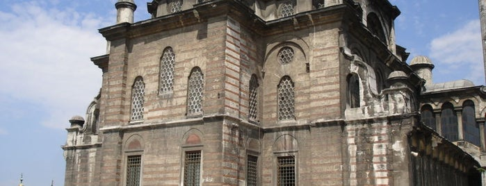 Laleli Camii is one of İstanbul'un Gezilmesi Görülmesi Gereken Yerleri.