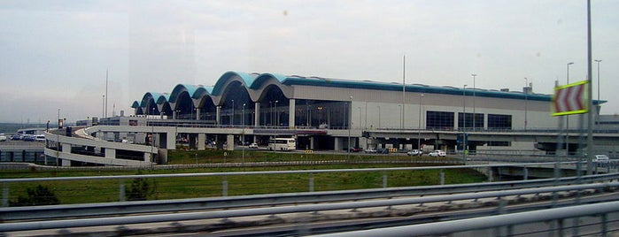 Flughafen Istanbul-Sabiha Gökçen (SAW) is one of İstanbul'un Gezilmesi Görülmesi Gereken Yerleri.