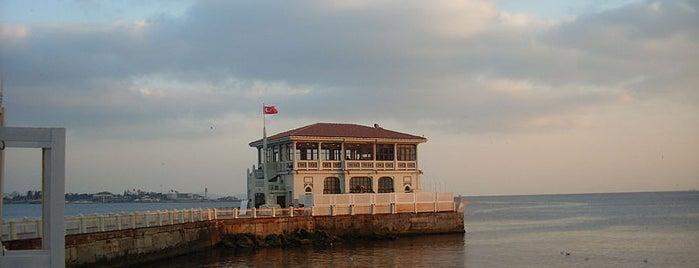 Tarihi Moda İskelesi is one of İstanbul'un Gezilmesi Görülmesi Gereken Yerleri.