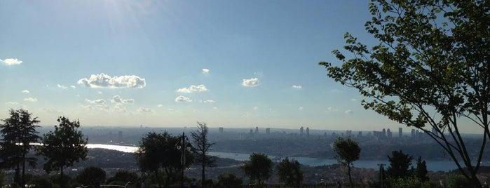 Küçük Çamlıca Tepesi is one of İstanbul'un Gezilmesi Görülmesi Gereken Yerleri.