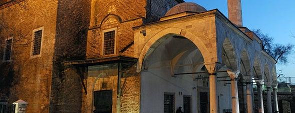 Kleine Hagia Sophia is one of İstanbul'un Gezilmesi Görülmesi Gereken Yerleri.