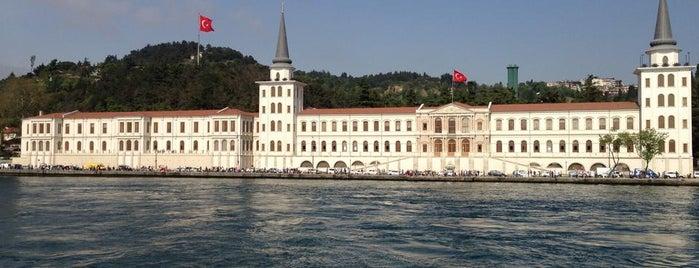 Kuleli Askeri Lisesi is one of İstanbul'un Gezilmesi Görülmesi Gereken Yerleri.