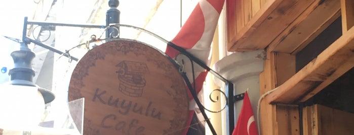 Kuyulu Cafe& Hookah is one of Mutlaka gidilecek.