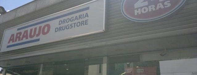 Drogaria Araujo is one of Posti che sono piaciuti a Clivea.