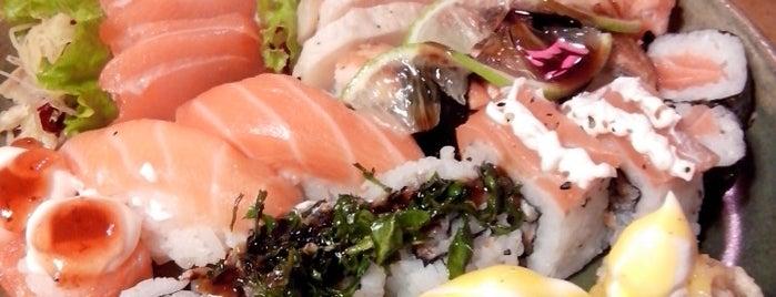 Koto Sushi is one of Lugares favoritos de Romulo.