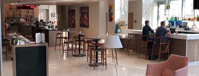 Uva Wine & Pisco Bar is one of Locais curtidos por 💫Coco.