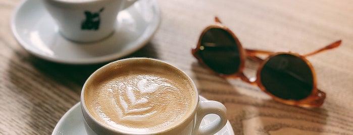 Cub Coffee Bar is one of Lugares favoritos de Kristian.