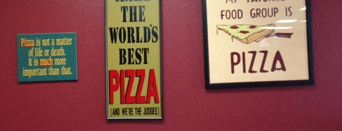 Papa Kelsey's Pizza & Subs is one of Johnさんの保存済みスポット.